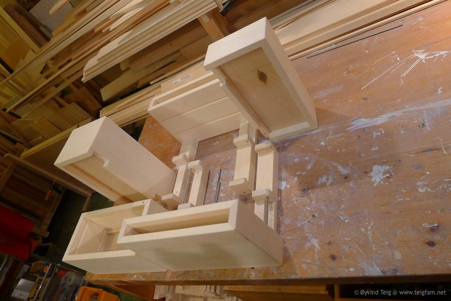Chest of swingable drawers - 8