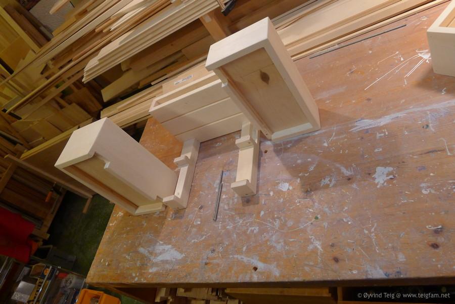 Chest of swingable drawers - 10