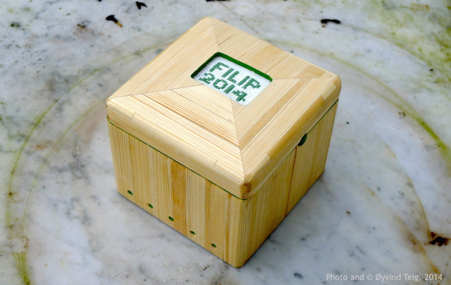 094 Fig.1 Jewelry box