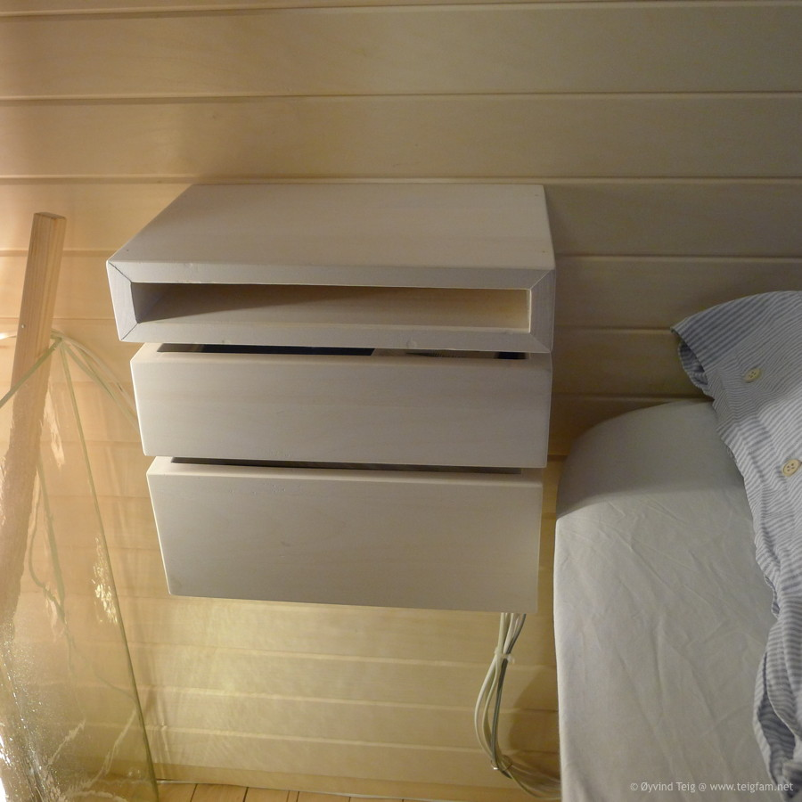 Chest of swingable drawers - 1