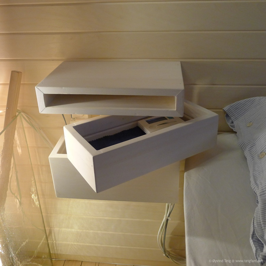 Chest of swingable drawers - 2