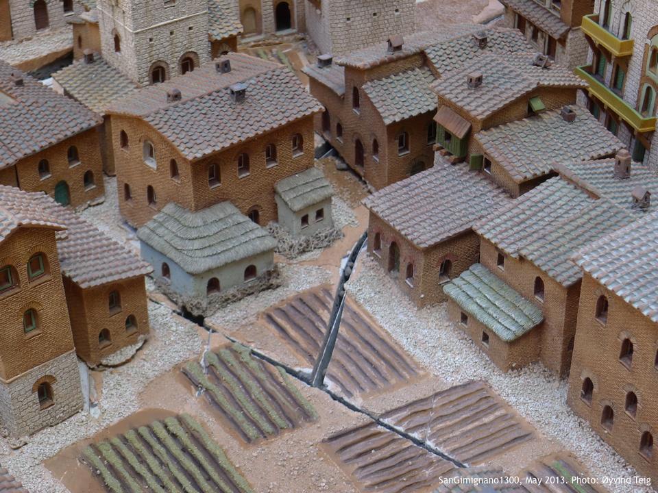 Fig4 SanGimignano1300 May2013