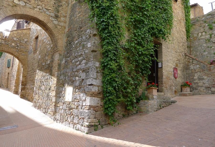 San Gimignano 1300, new location in May 2014
